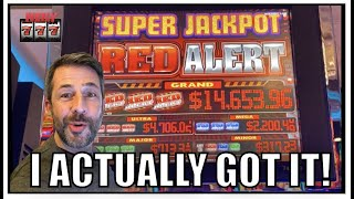 It actually showed up! Nice Jackpot hit on Super Jackpot Red Alert Slot!!