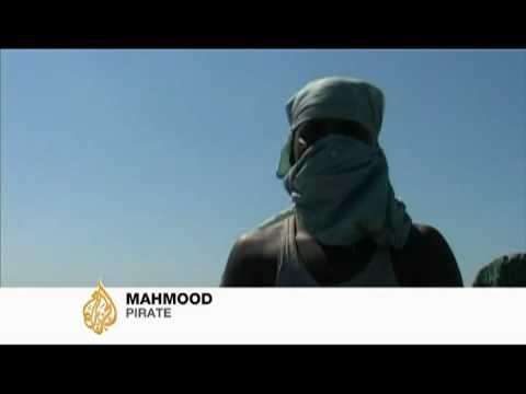 Rampant piracy threatens Bangleshi ports - 13 Nov 2008