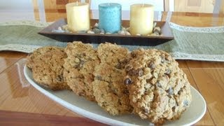 Thick & Chewy Oatmeal Cookies