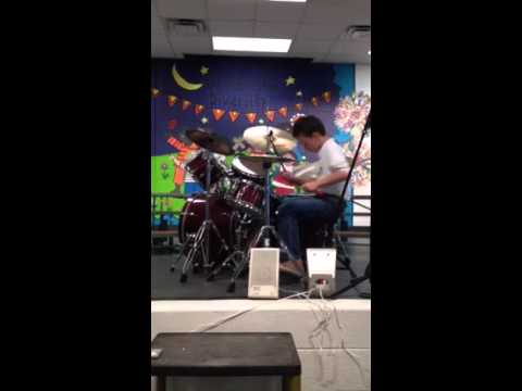 Dylan Robinson 10 year old drummer