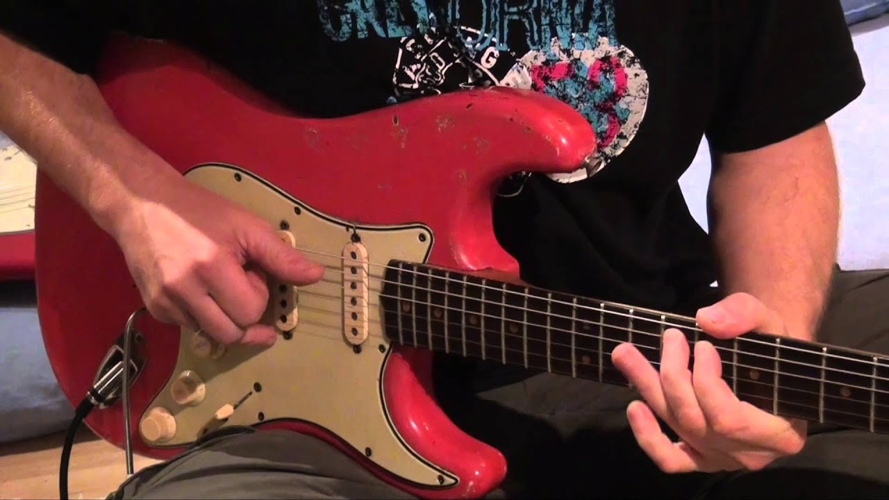 Mark Knopfler Signature Strats vs  1964 Stratocaster: Down to the Waterline