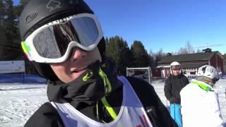 Alexander Moser åker lite sämre i andra åket i SEB-mästerskapen i Sundsvalls Slalombacke 2012