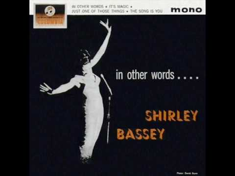 shirley bassey -fly me to the moon