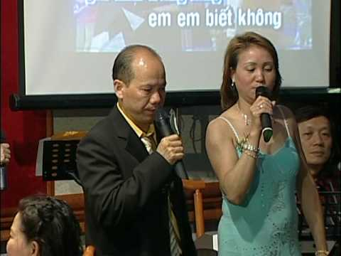 Karaoke Vietnamese  Love Song @ A Chinese Vietnamese Wedding