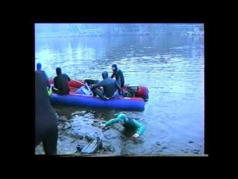 Kralupy TV: Vánoční plavání potapěčů (6. 1. 1998)