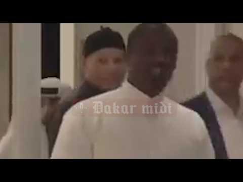 Exclusif Dakarmidi Karim Wade Reprend Du Service à Doha Voici La Première Vidéo Où Il S'affiche...