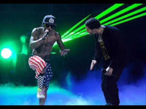 Lil Wayne diss Birdman live on stage