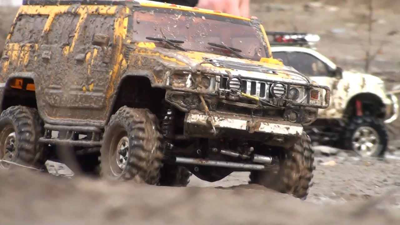 RC OFF Road | Toyota Tundra High-Lift vs Hummer H2 - YouTube