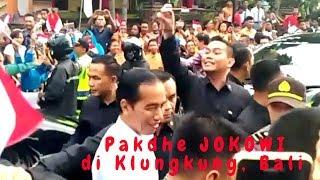 Disambut Meriah, Pak Jokowi Tiba-tiba turun dari Mobil Menyalami Warga Klungkung & Pelajar