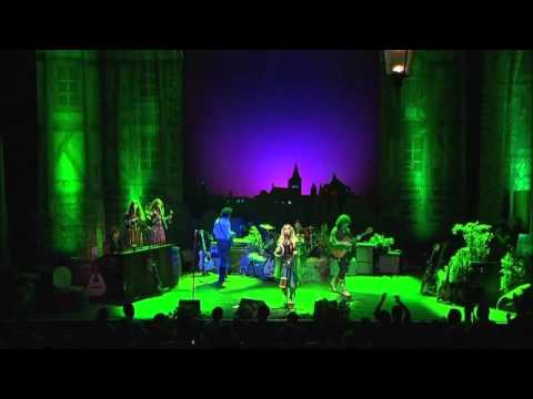 Blackmore's Night - The Clock Ticks On (Live in Paris 2006) HD