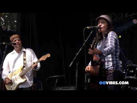 """Donna The Buffalo performs """"Silverlined"""" at Gathering of the Vibes Music Festival 2014"""
