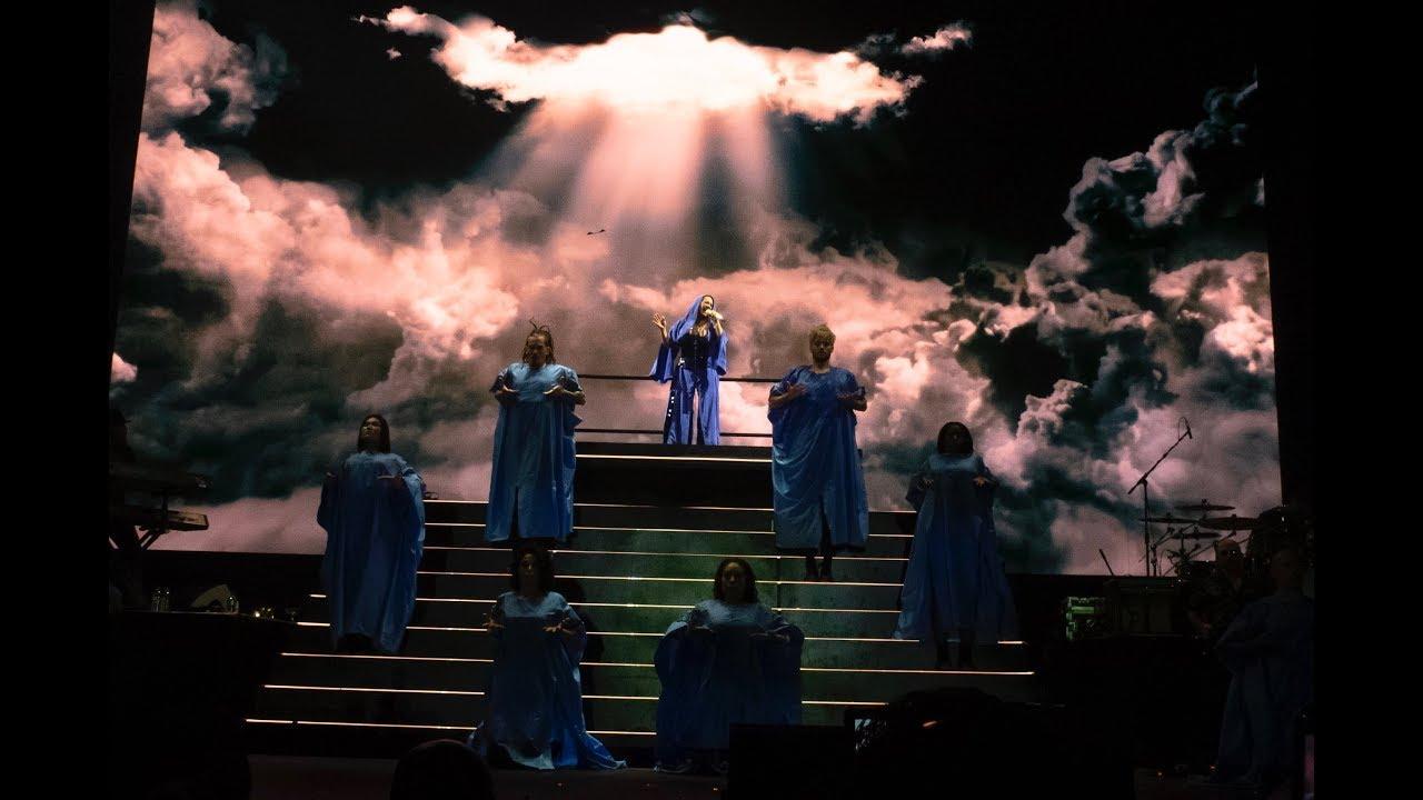 Resultado de imagen para christina aguilera the x tour live