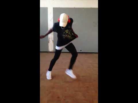 Yemi Alade - Knack Am Dance (Tavares Estraga)