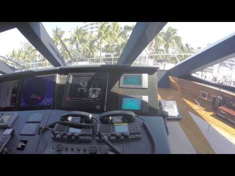 Sunseeker 115 Yacht Tour: 2015 Yacht & Brokerage Show