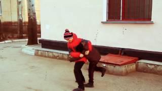 Мортал комбат школьники (танец вальса на дороге:()!)