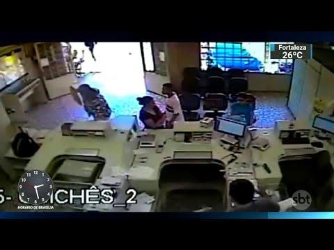 Militar à paisana morre ao tentar impedir assalto em agência dos Correios | SBT Notícias (31/08/18)