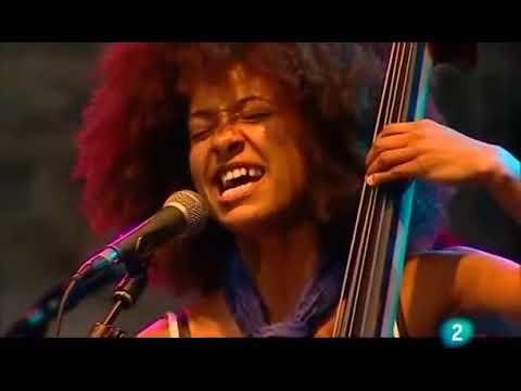 Esperanza Spalding double bass solo live in San Sebastián, 2009