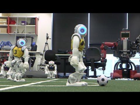 Robôs bons de bola