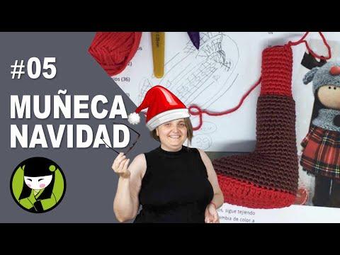 pierna de la muñeca navideña tejida a crochet 5 amigurumis navideños