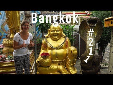 WAT PHO, WAT ARUN & TUKTUK-FAHRT! | Weltreise Vlog #211 Bangkok, Thailand