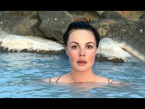 """""""Богиня горного озера"""": 58-летняя телеведущая Екатерина Андреева показала точеную фигуру"""