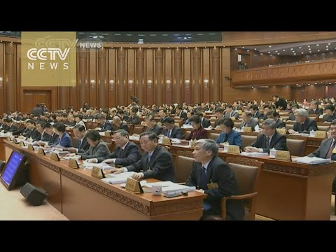 China amends law to support citizens suing gov't