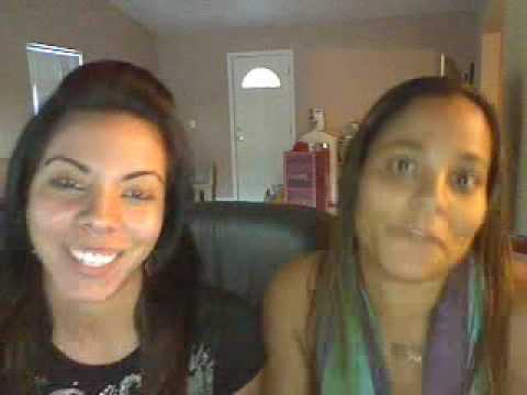 Ali & Linda playin on the webcam!!