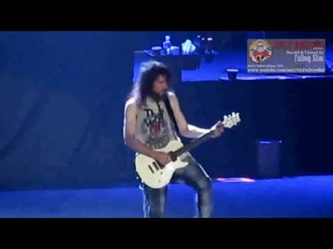 Guns N' Roses - Intro Indonesia Raya - Don't Cry Ron - live in Jakarta 2012