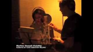 Tini Stoessel en la academia de canto de Sebastian Mellino.