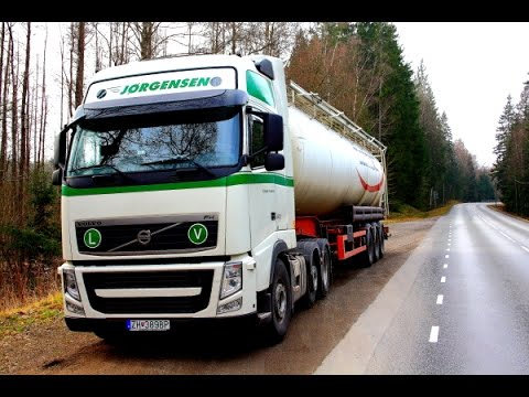 First 6 weeks of trucking in Scandinavia.Bulk transport. (Trailer)
