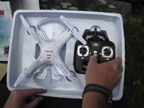 Syma x5c-1 – квадрокоптер среднего размера, со съемной hd камерой, отличными полетными характеристиками и плавным управлением. Умеет делать флипы (переворот на 360°). X5c-1 отлично подходит для роли первого квадрокоптера.