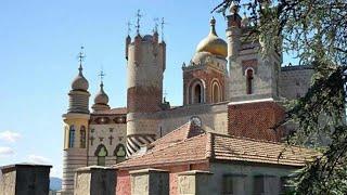 Edifici surreali in Italia - Rocchetta Mattei, il castello da fiaba di un eclettico conte bolognese