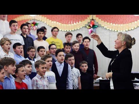 Уникальная челябинская школа «Молодость» отмечает юбилей