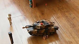 Танк на пульте управления видео(Танк Тигр на пульте управления давит солдатиков и игрушки Майнкрафт., 2016-03-28T19:18:16.000Z)