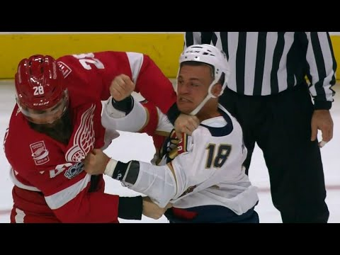 Witkowski returns from 10-game suspension to fight Panthers' Haley
