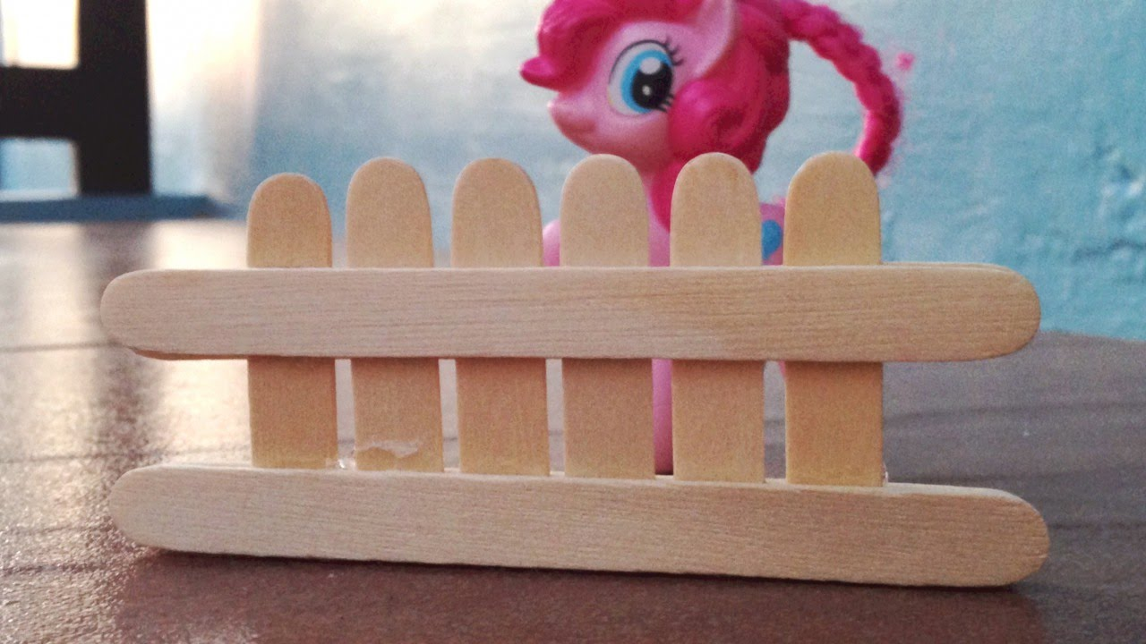 Make a Popsicle Stick Toy Fence DIY Crafts