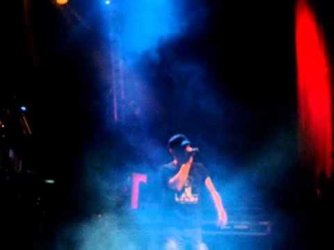 """Scary Eire - """"Rev It Up"""" Live... Dj Mek & Rira"""