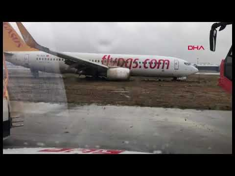 Accident in Istanbul | pegasus airlines Boeing 737-800 off runway at istanbul sabiha gokcen airport