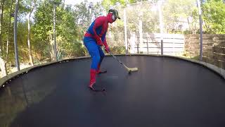 SPIDERMAN SPORT IN TRAMPOLINE TOUT LES SPORT DANS LE TRAMPOLINE RYAN'S WORLD  NBA HOCKEY PEWDIPIE