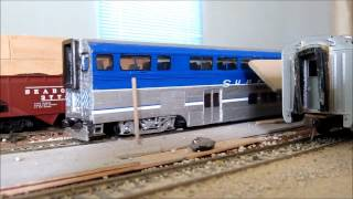 Ho Scale Amtrak Pacific Surfliner Cabcar.wmv