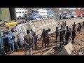 """Accident sur l'autoroute, un car """"niaga ndiaye"""" s'est renversé avec des passagers à bord"""