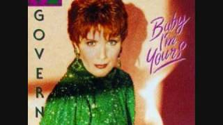 Watch Maureen McGovern Blue On Blue video