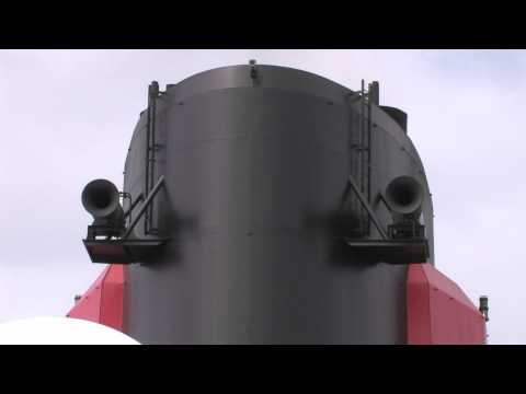 Queen Mary 2 noon horn and whistle tests