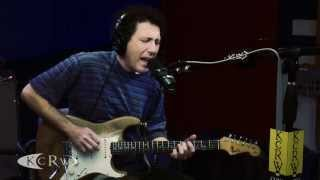 "Yo La Tengo performing ""Ohm"" Live on KCRW"