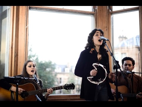 Kitty, Daisy & Lewis - Baby Bye Bye, No Action, Feeling Of Wonder - Tenement TV mp3