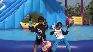 BABY SHARK DANCE REMIX - VIDEO ANAK-ANAK MENIUP BALON SHARK & LOVE Di WaterPak Gofun