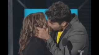 Super Beso de la Dra Ana Maria Polo y David Chocarro