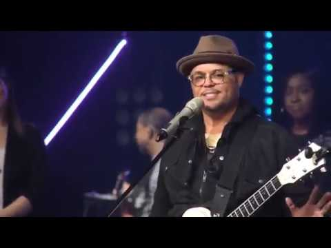 Israel Houghton @ Citylife Church - To Worship You, I Live - In Jesus Name - Your Presence Is Heaven