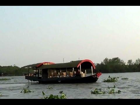 Cu Chi Tunnel, Ho Chi Minh City, Vietnam, Cruising Sampan boat to Cu Chi Tunnel, Vietnam travel 2014