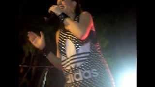 Ivi Adamou - Voltes sta asteria Live @ Korakou ( Cyprus 2012 )